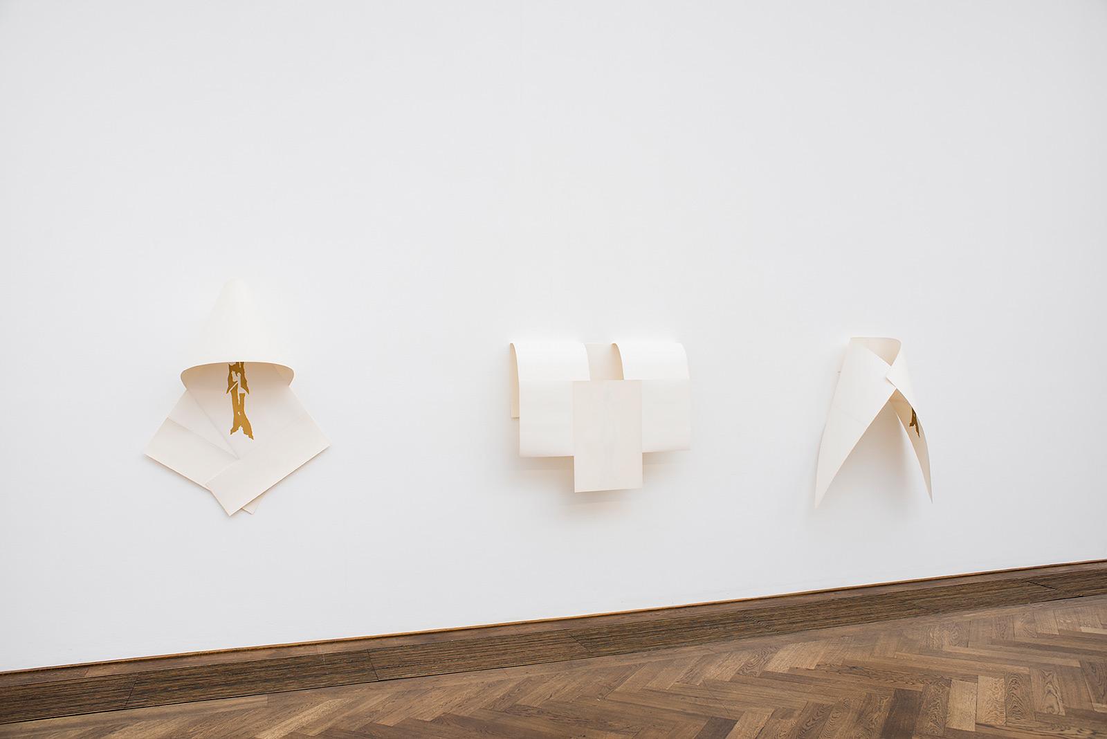 Jemima Läubli «Ahnungen & Ahninnen»  | Institut Kunst, Diplom Bachelor 2016,