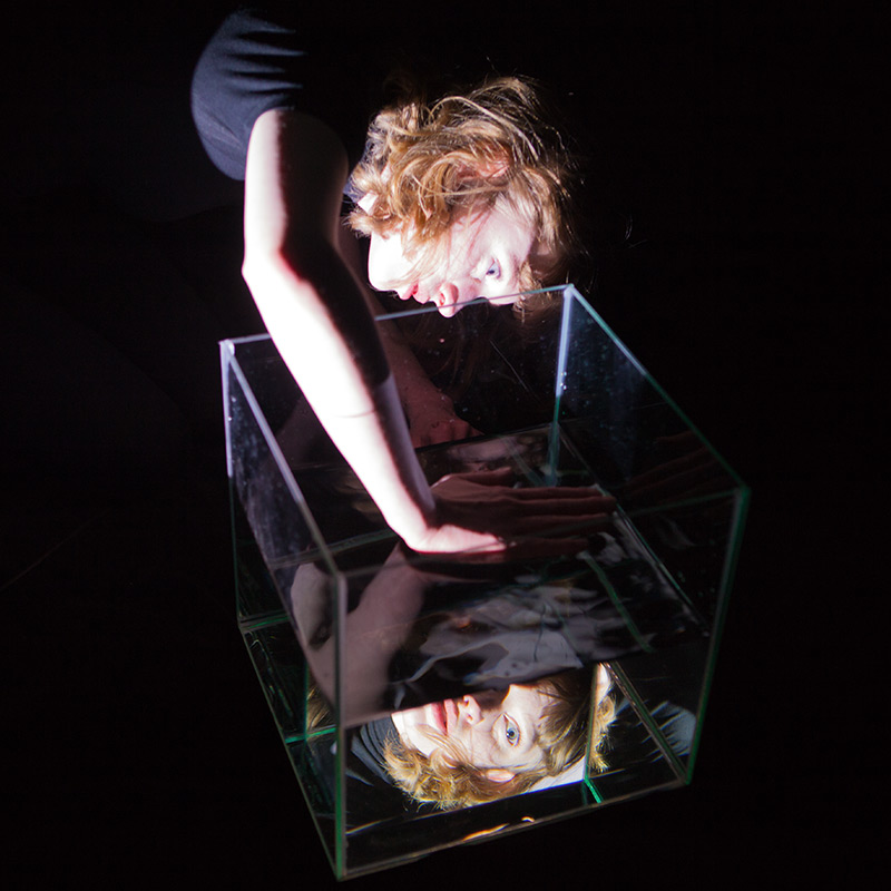 Pascale Lustenberger – Self-Reflective Visibility